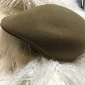 Warwick Caps London Size 7